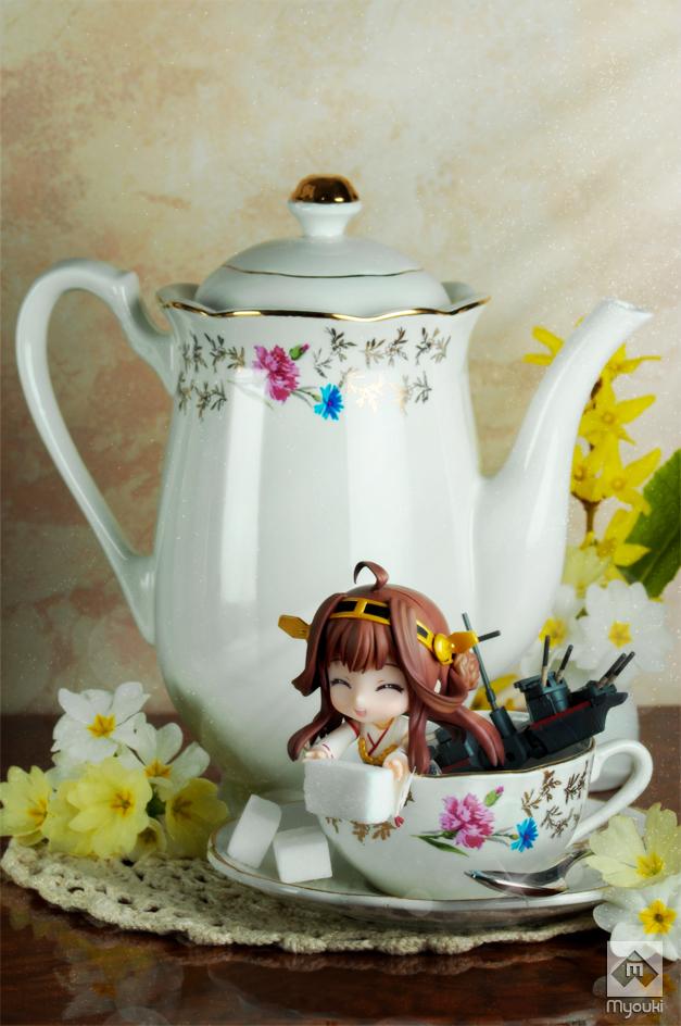 Tea time : Kongo (Kancolle - Nendoroid) by ArtMyouki