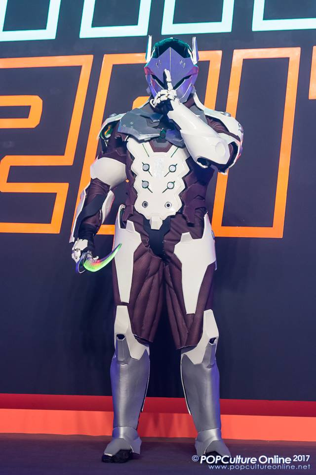 Genji Cosplay @ Gamestart (3) by DragonicHeaven