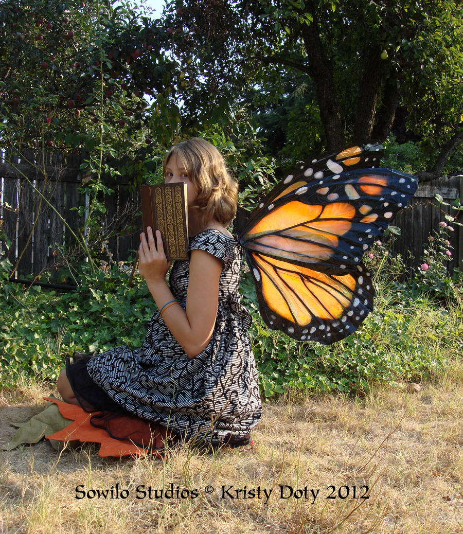 Garden Monarch Butterfly fairy by S0WIL0