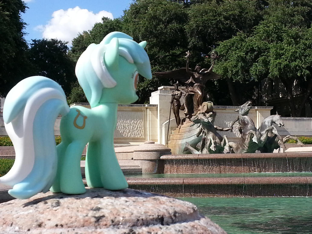 Lyra Heartstrings at the Littlefield Fountain by TexasUberAlles
