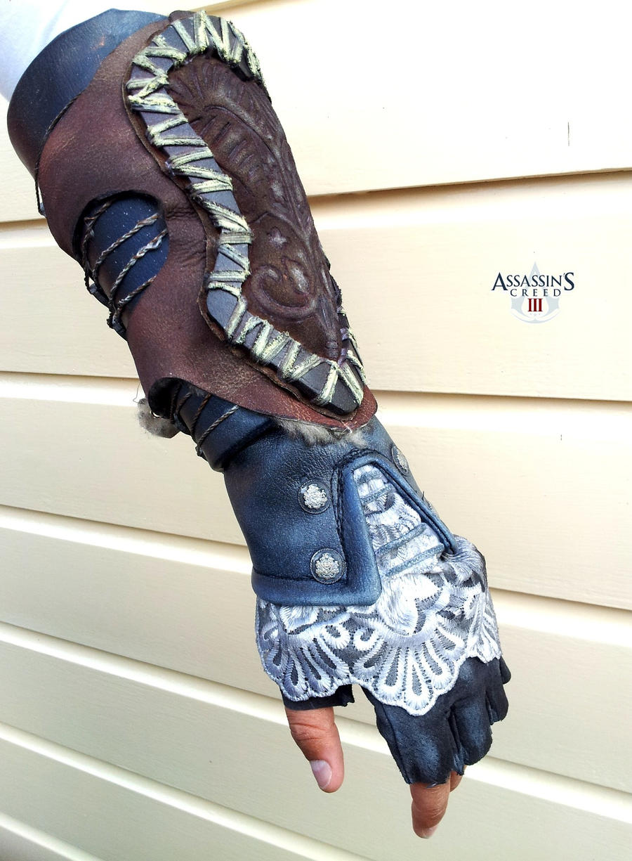 AC III - Aveline left gauntlet by RBF-productions-NL