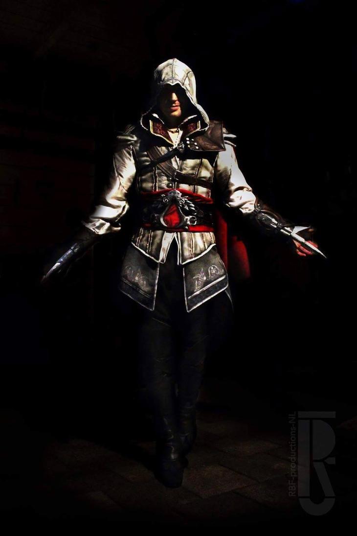 AC2 - Ezio Auditore Da Firenze Cosplay Costume by RBF-productions-NL