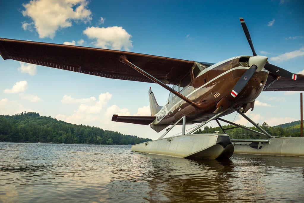 Lake Plane