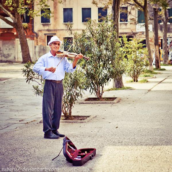 The Venice violinist by Subaru7