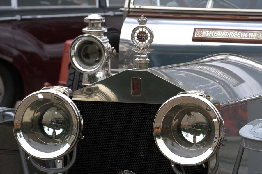 Rolls Royce the Sorcerer by czakalwe