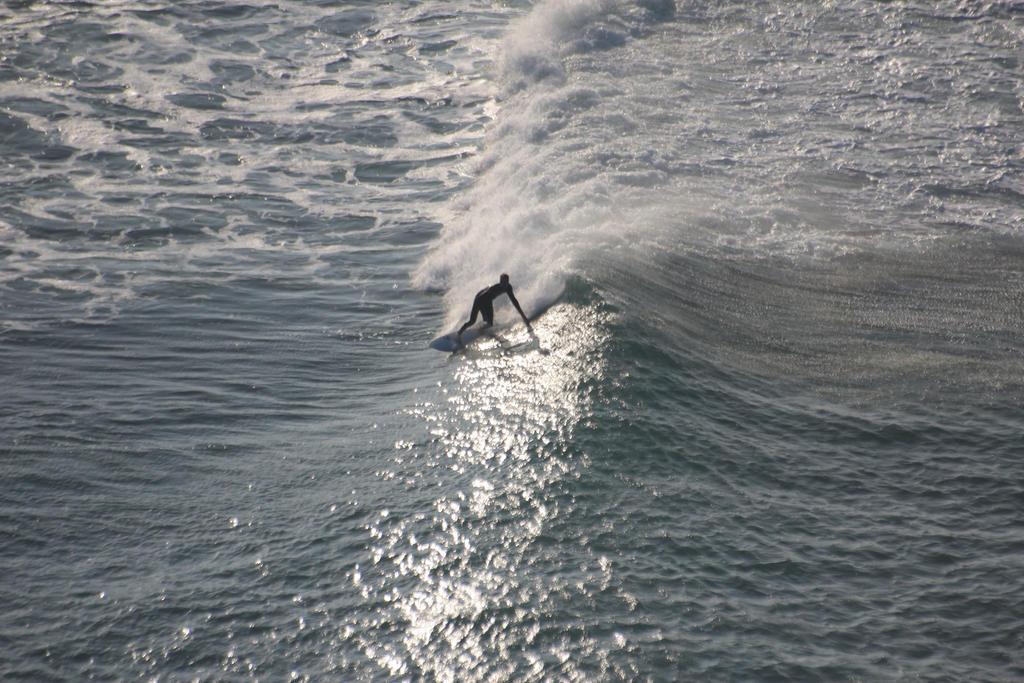 Stinky Bay Surf2 by czakalwe
