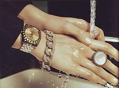 Hand by LikeNoOne7