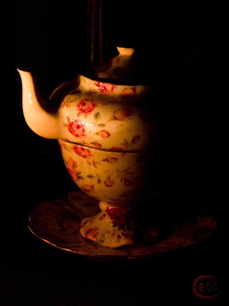 Tea Light by GlenRoberson