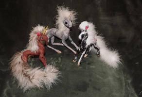 Little Unicorns and the Unicorn of the Apocalypse by MammaLion