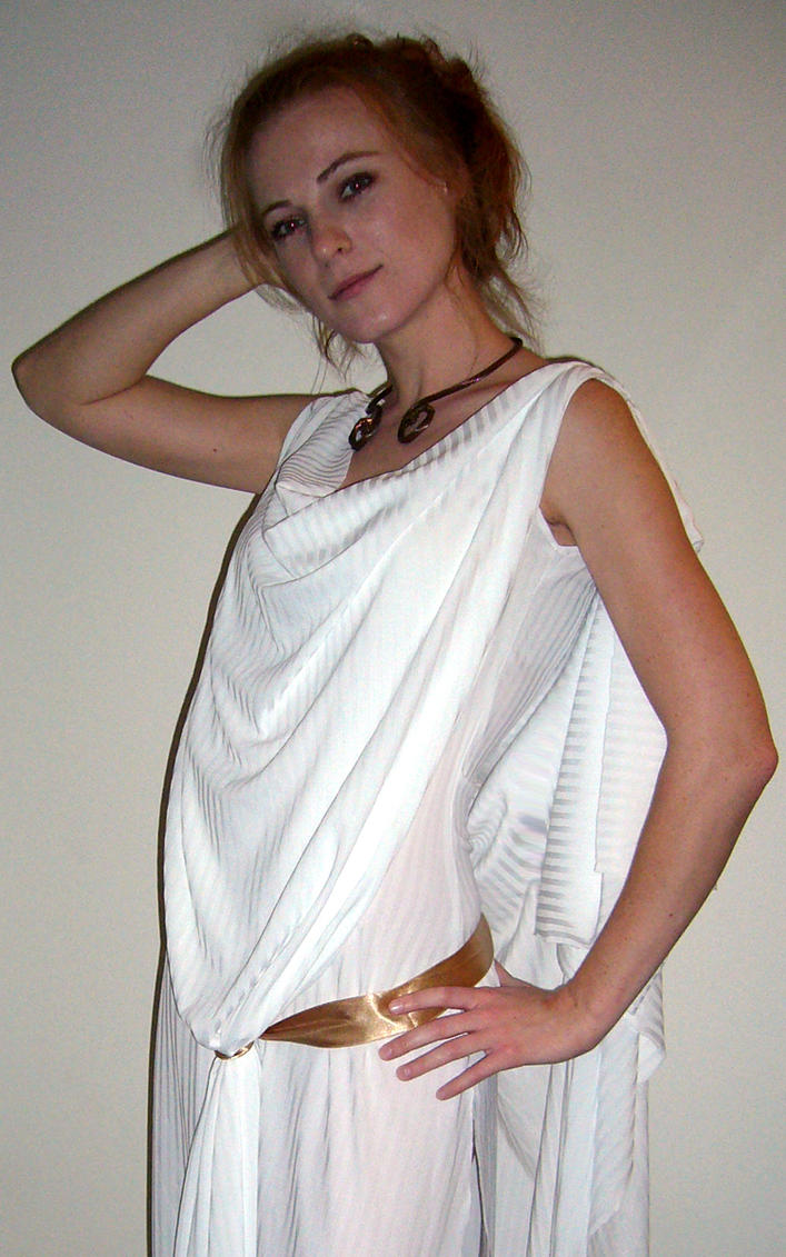 how to make a roman toga out of a sheet