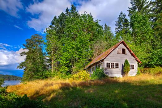 Small Farmhouse on the Sunshine Coast (HDR)