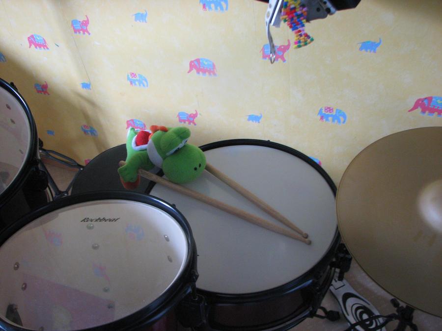 Yoshi Drums by WAFFLEKIRBY