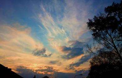 Spring Sky by jonasbl