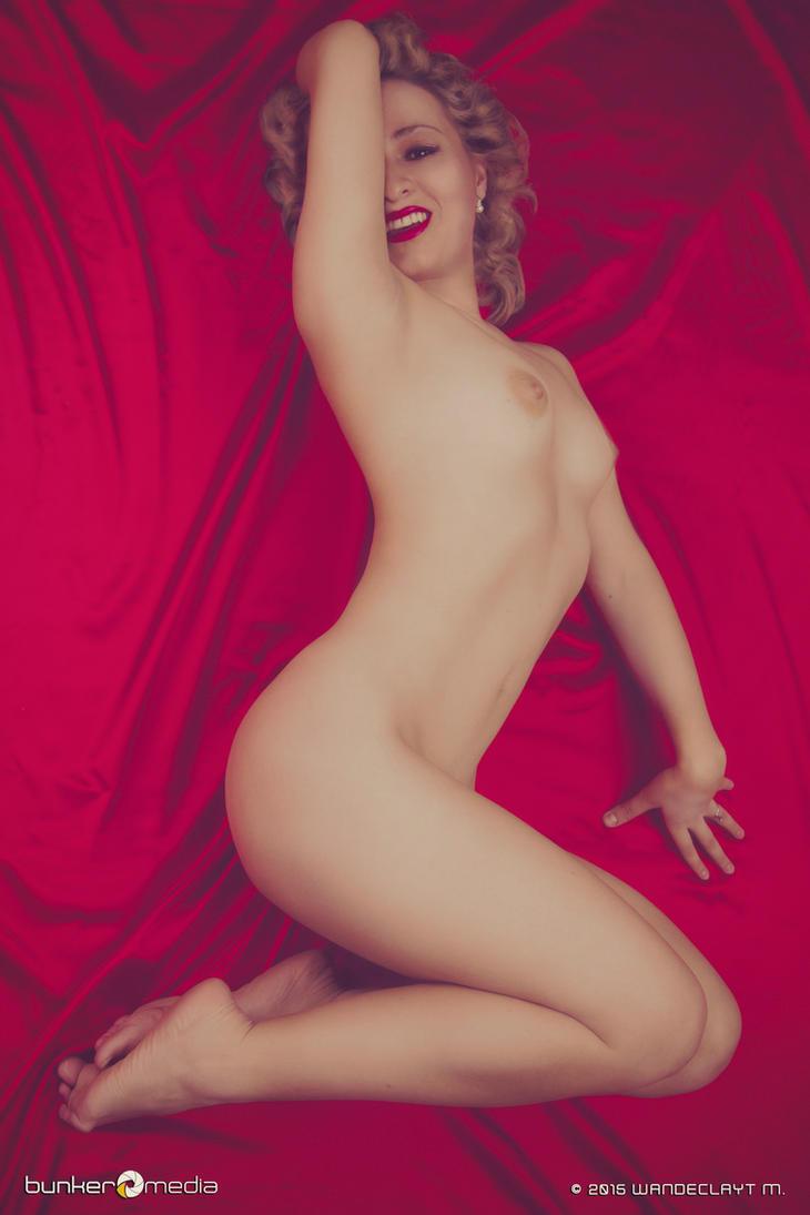 Red Velvet by Wandeclayt