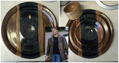 'Dean' Dinnerware Set by nicolelylewis