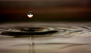 Splash, by QuiZ04291993