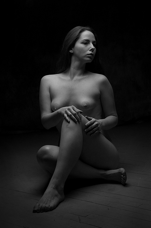 Seated Nude by Plage-Photo