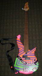 My bass gittaw
