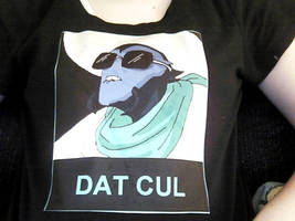 Dat T-Shirt by Donotquestionme