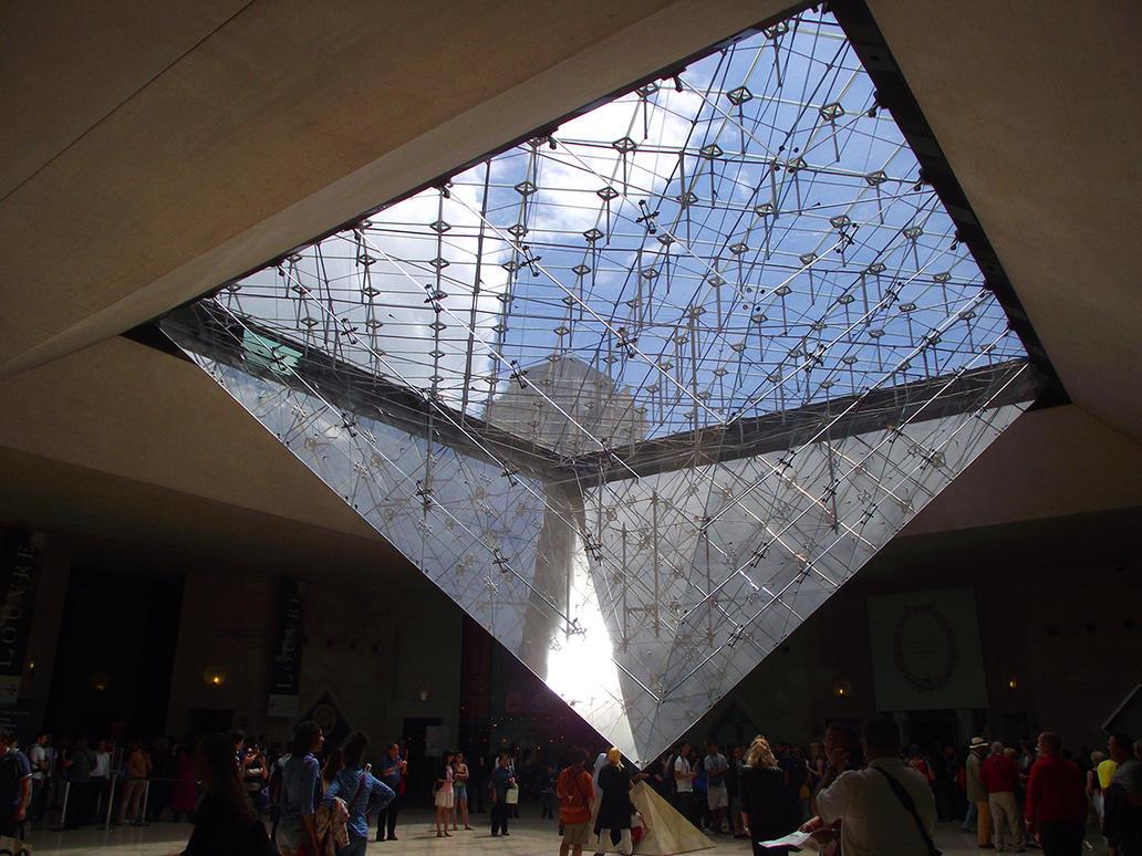 Pyramide carrousel du louvre by nekosnap on deviantart for Interieur pyramide