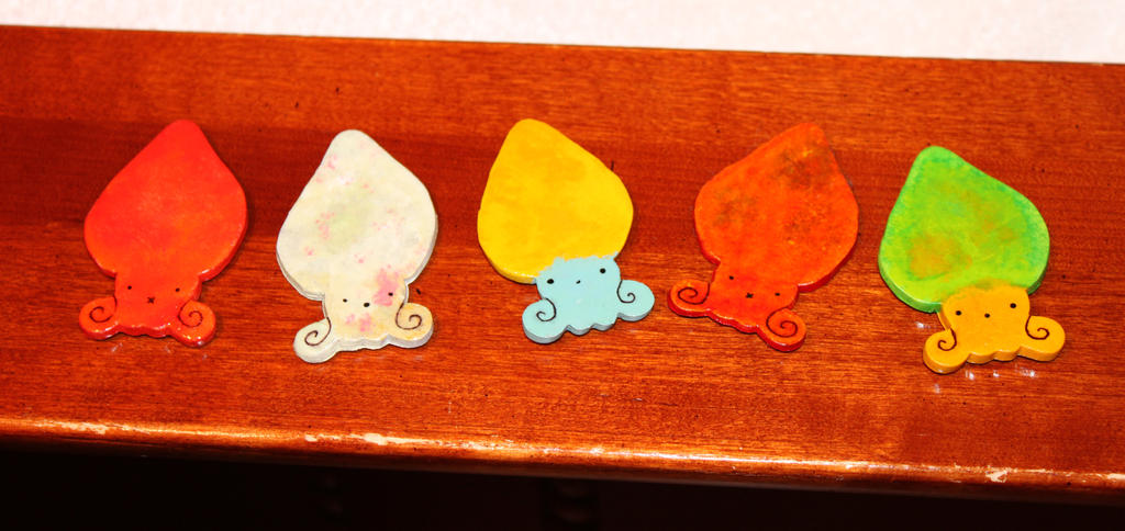 Squid Magnets by HallowDew