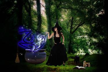 Witch by SerafinaMoon