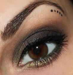 dark green eyes by Talasia85