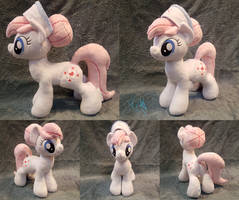 Nurse Redheart - Custom Plush by Fire-Topaz