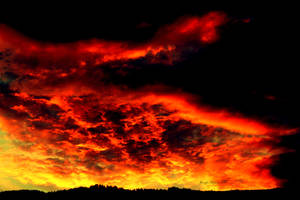 Fire Skies by lilfrogs