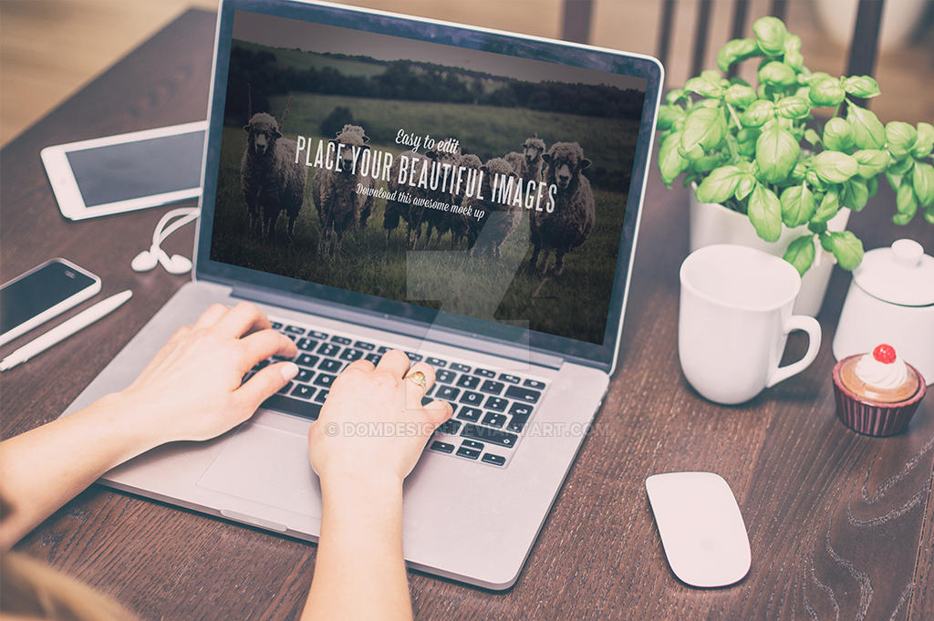 Work Desk - Mock Up by DOMDESIGN