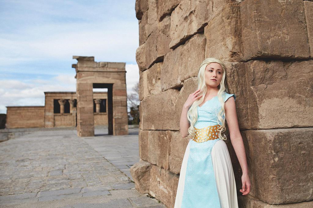 Daenerys Targaryen by NunnallyLol