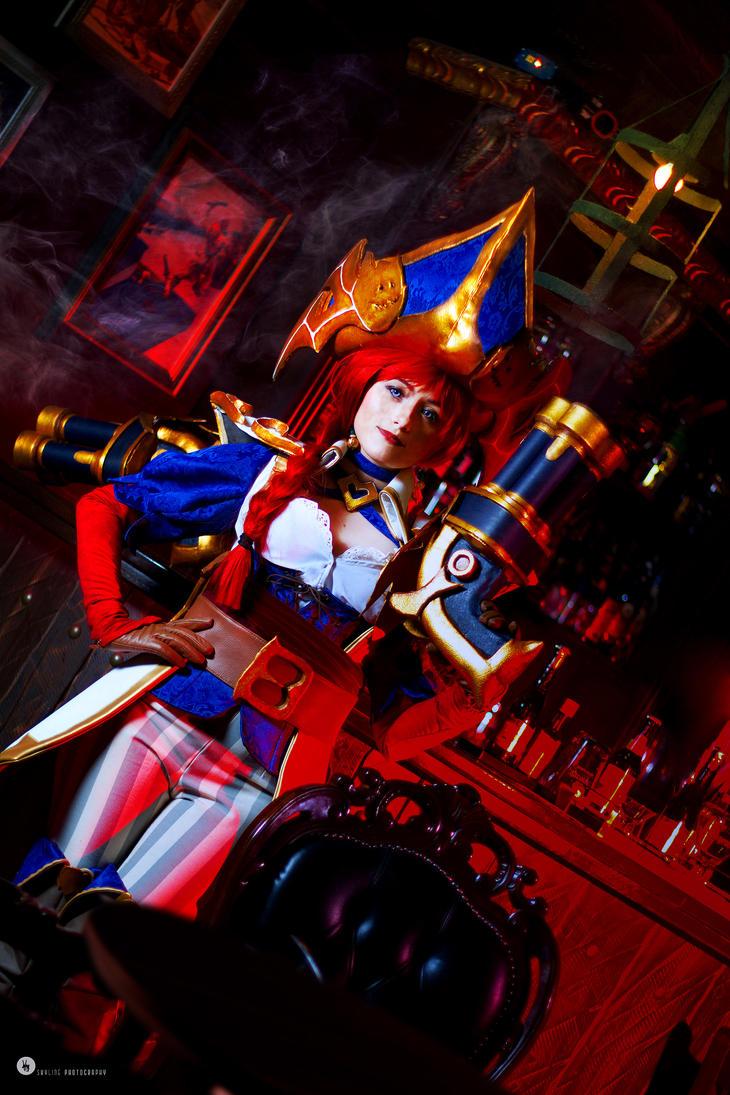 Captain Miss Fortune by NunnallyLol