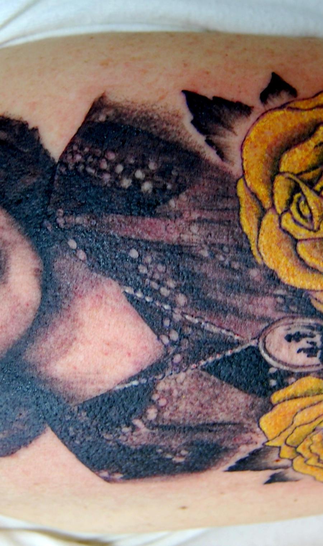 portrait tattoo yellow roses
