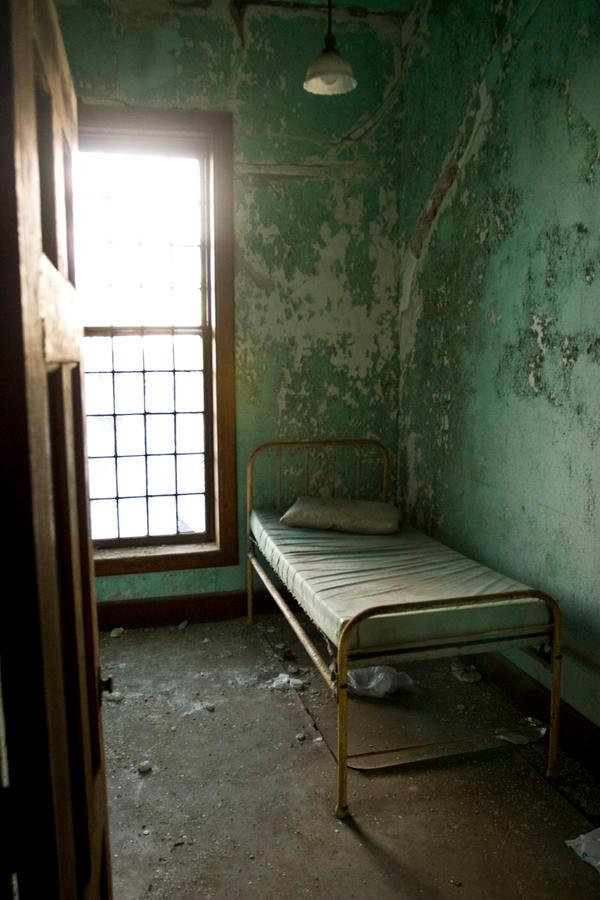 Mental Hospital 4 by JohnDoe6 on DeviantArt