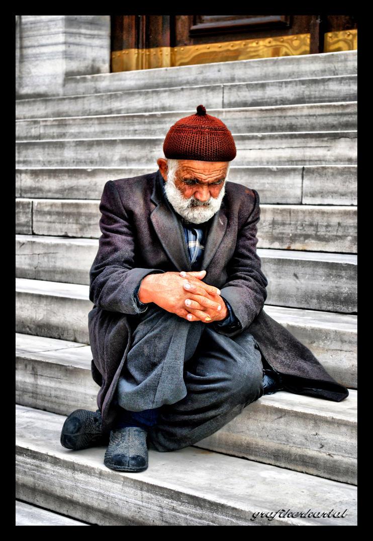 old age by grafikerkartal