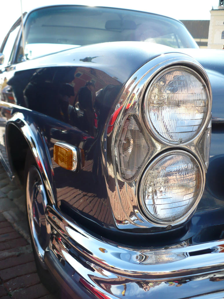 Mercedes Benz W108 280SE by