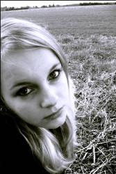 Little girl by Tristis-soul