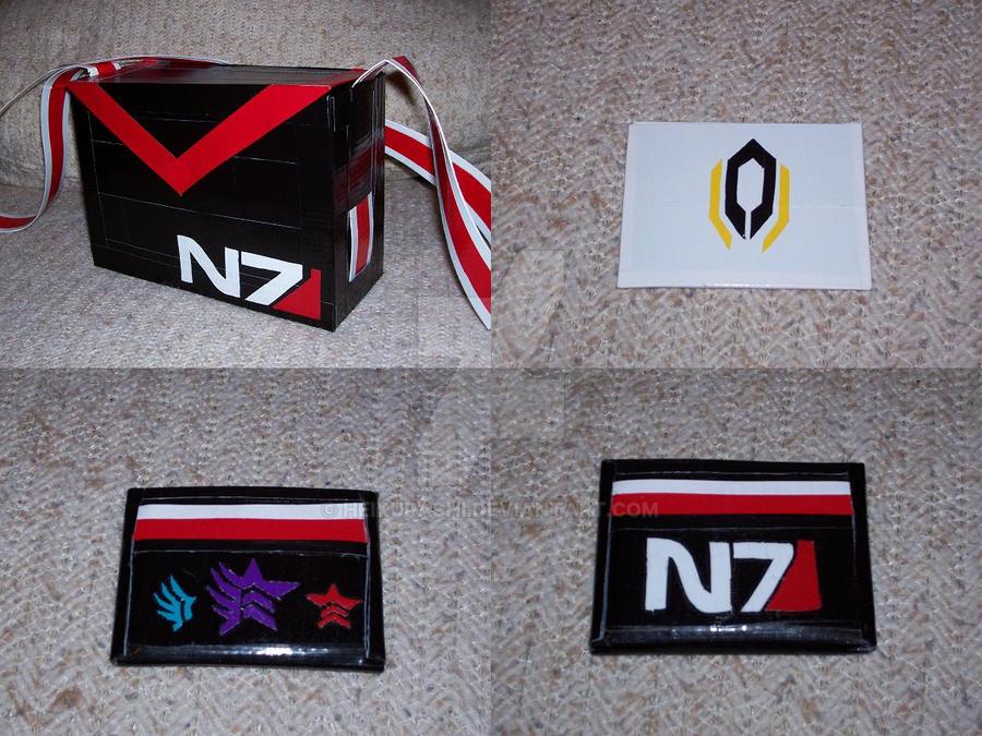 Mass Effect N7 purse set by HeiKurashi