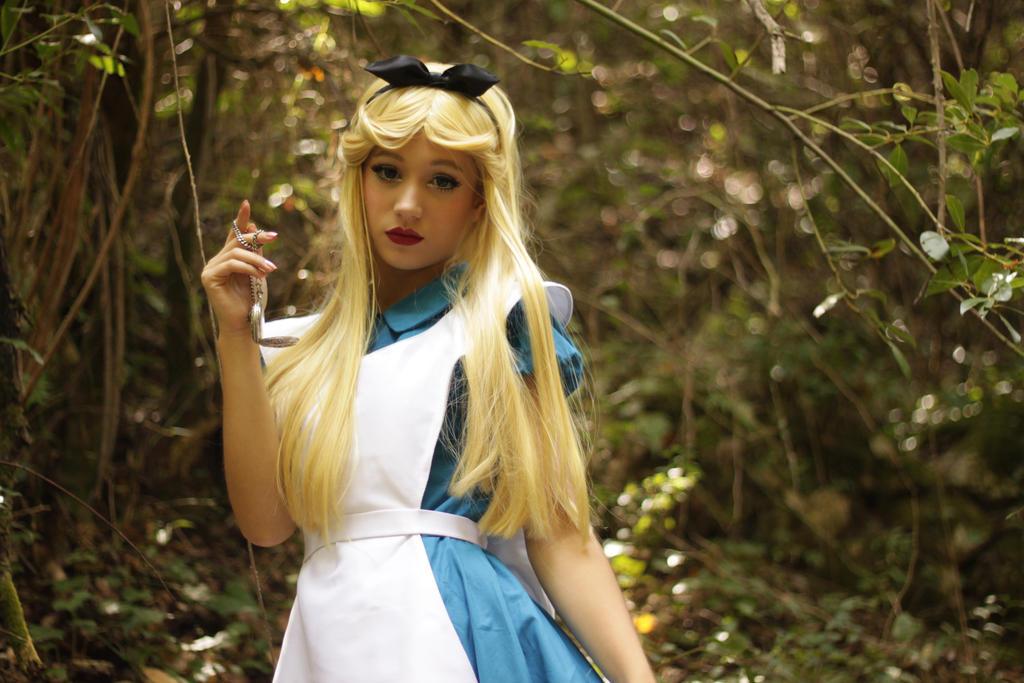 Alice In Wonderland (Disney) by Kotori-Cosplay