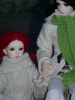 Holding hands I by idrilkeps