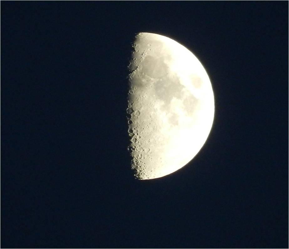 Moon #2 by brisingr29