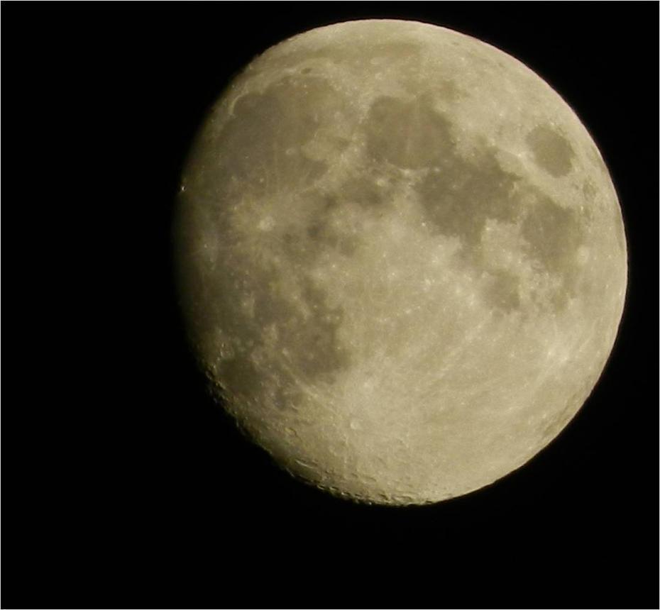 my little moon by brisingr29