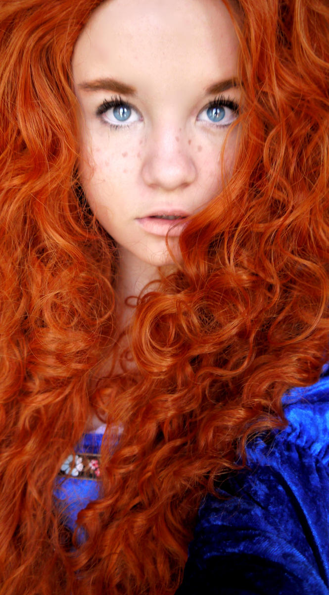 Merida Cosplay at Comic Con 2 by AreLei