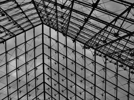 Louvre - Pyramide 1