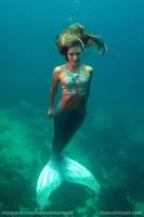 Hannah underwater in Cebu
