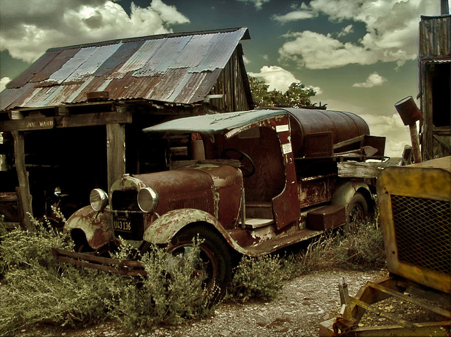 rusty old truck by Kyntio on DeviantArt