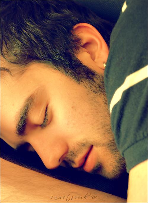 Jerold Dubois Beauty_sleep_for_man_by_sametsevik