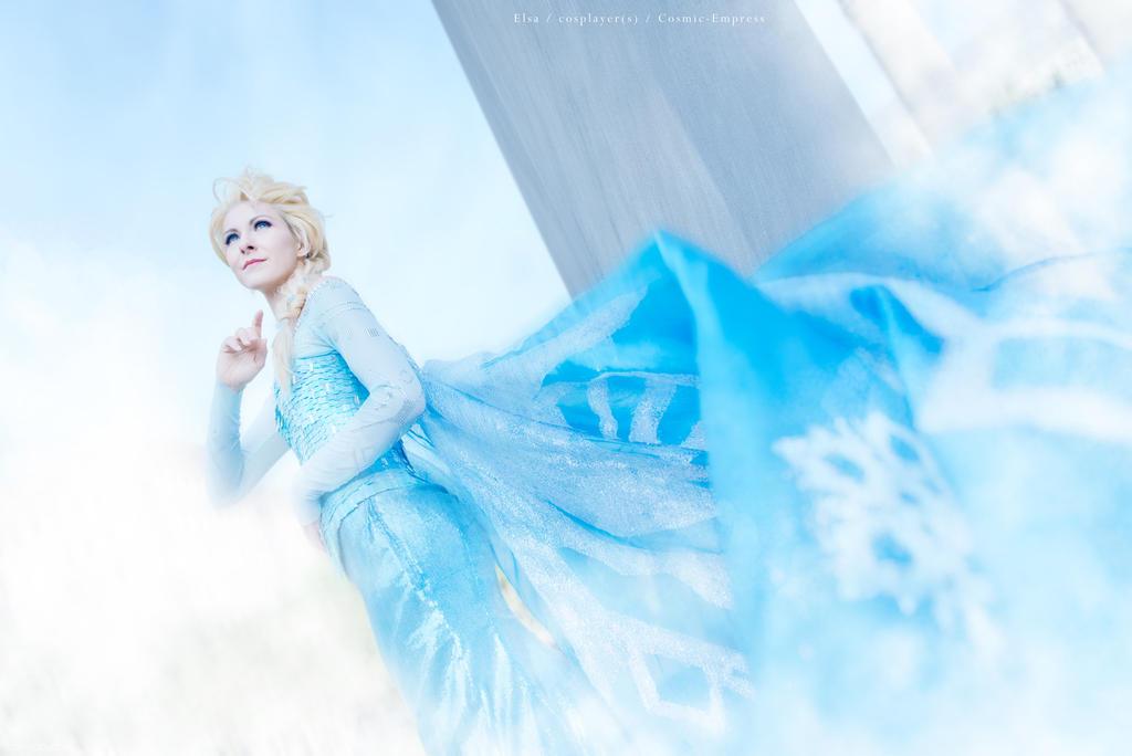 Elsa, Frozen Cosplay by Cosmic-Empress