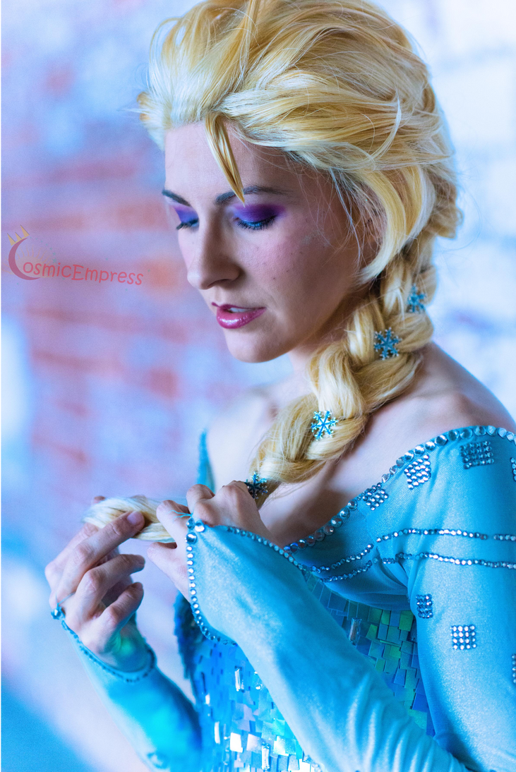Elsa by Cosmic-Empress
