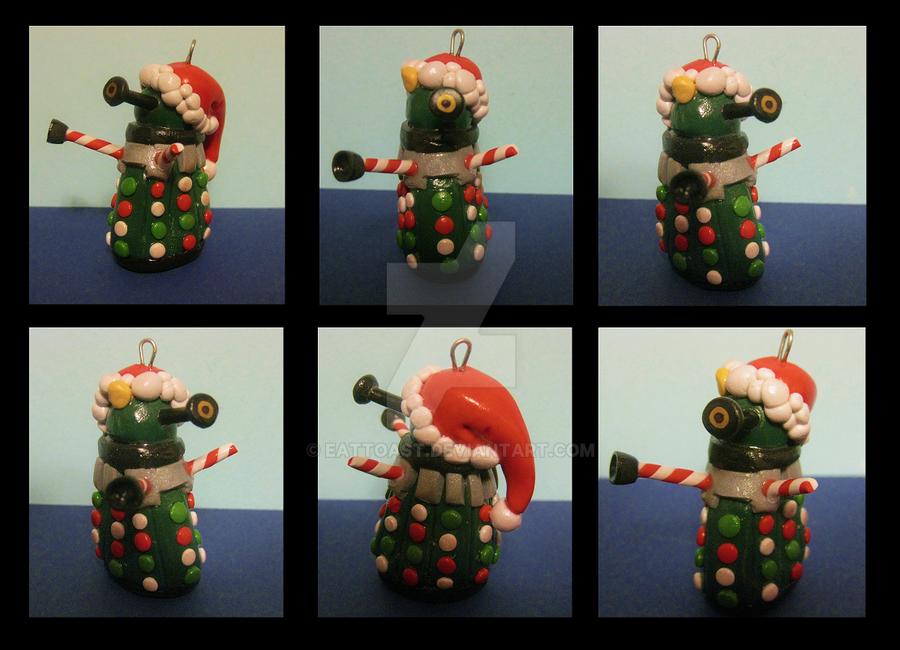 Christmas Daleks by EatToast